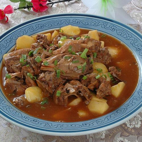猪排炖土豆