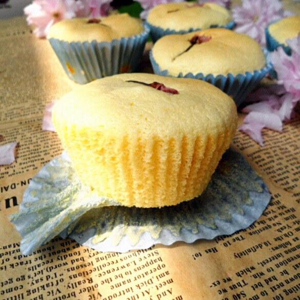炼乳樱花蛋糕