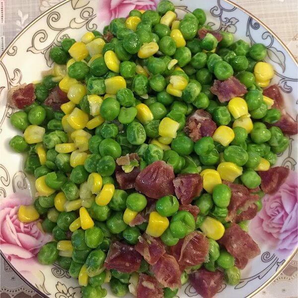 青豆玉米炒瘦肉
