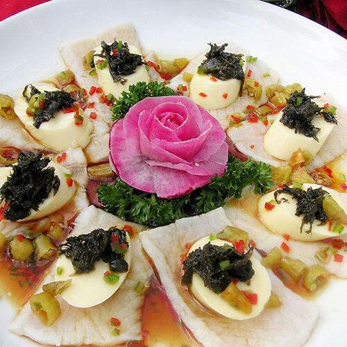 美味的油榄豉豆腐蒸鱼片