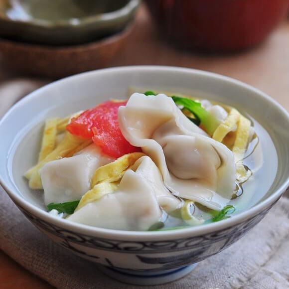 多彩莲藕猪肉饺子