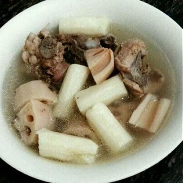 小鲍鱼猪骨汤