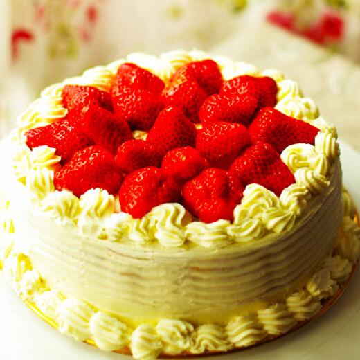 草莓木瓜奶油蛋糕