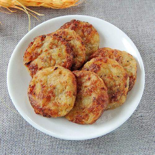 杂蔬培根土豆泥饼