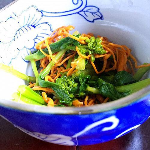 虫草菇炒莴笋