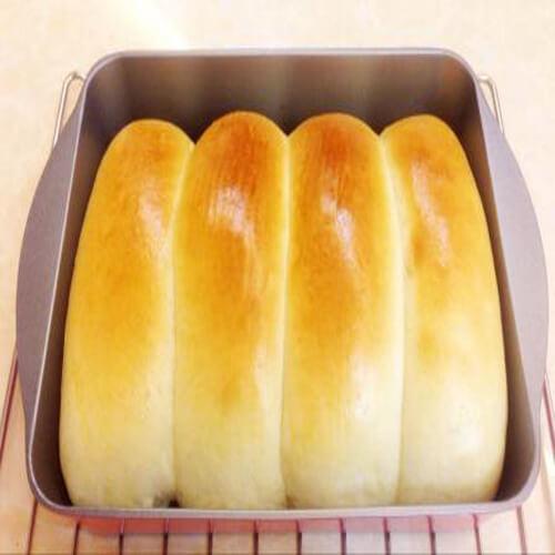 菠菜奶排面包