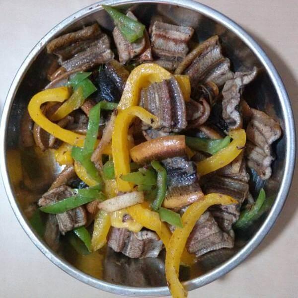 鳝鱼煮莴笋