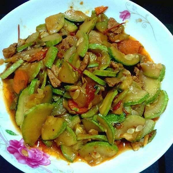 西葫芦炒肉末