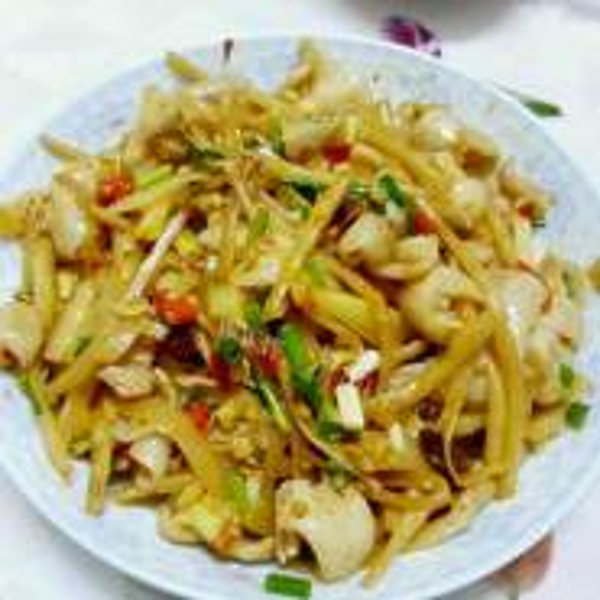 酸笋酸椒炒薯芽