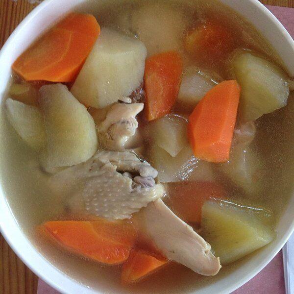 土豆胡萝卜炖鸡