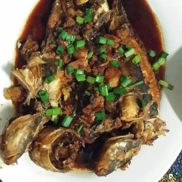 秀珍菇炖海鲶鱼