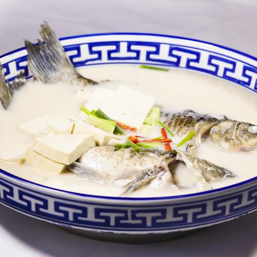 养生野生河鱼汤