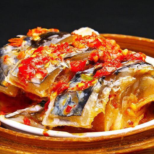 豌豆蒸鱼头