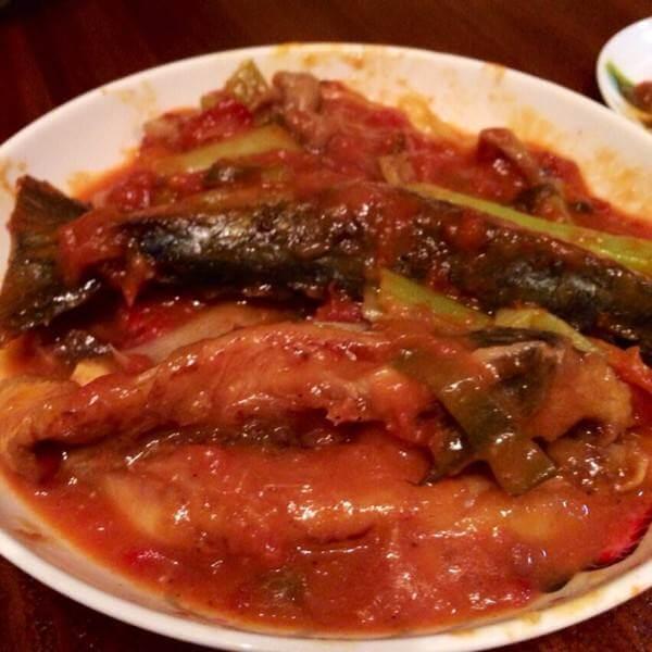 蒜籽烧鲅鱼