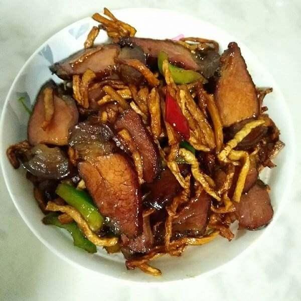 红菜薹炒腊肉