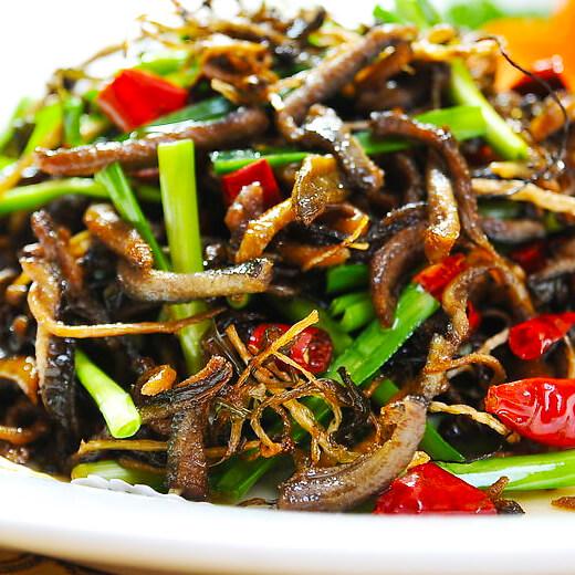 美味的马齿苋炒油麦菜