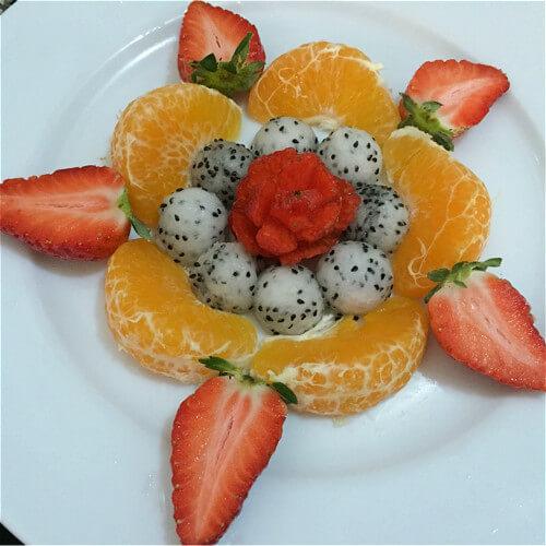 健康美食之水果拼盘之水果花