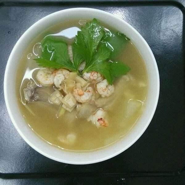 营养小河虾毛豆子冬瓜汤