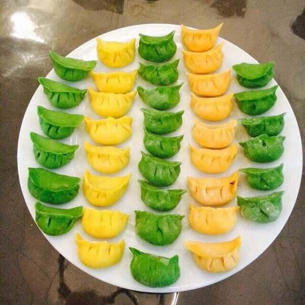 三色椒西芹水饺