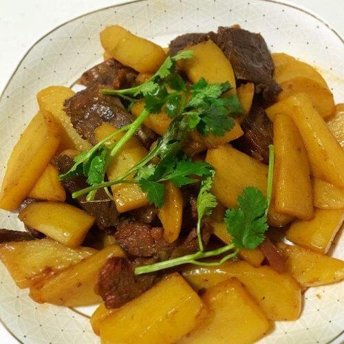 家常咖喱土豆烧牛肉