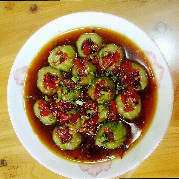 特别的剁椒丝瓜蒸粉条