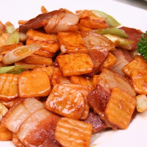 腊肠烧茨菇