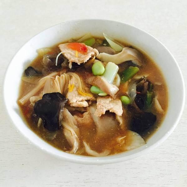 银芽肉片汤