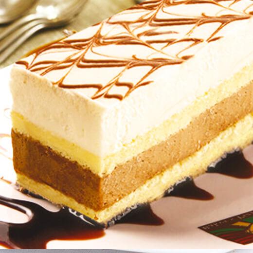 香甜的双色慕斯蛋糕