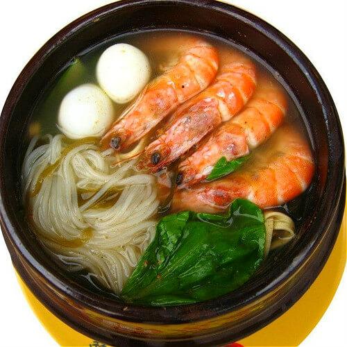 海鲜汤骨烩米线