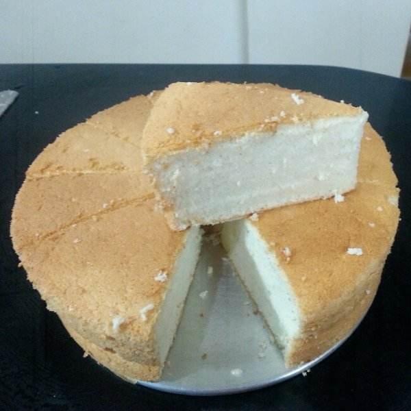 十分诱人的天使蛋糕