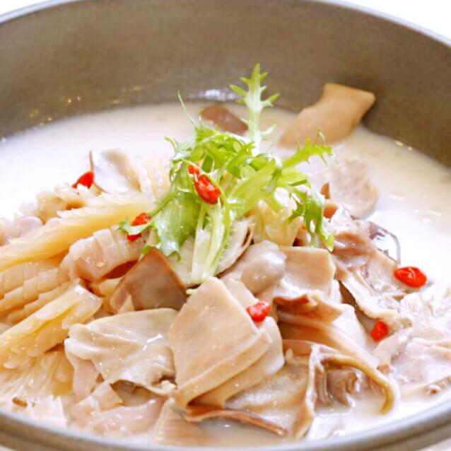 鱿鱼疙瘩汤