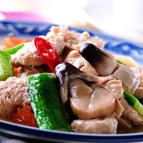 家常黄瓜片蘑菇炒肉