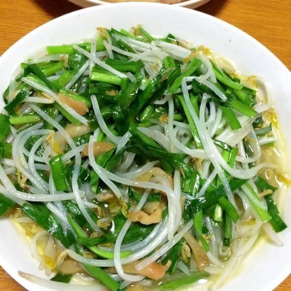 带子煮韭菜