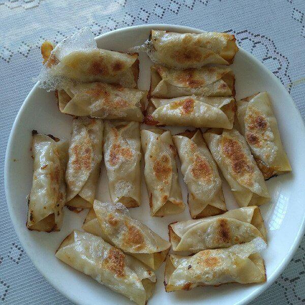 自制胡萝卜黄金饺