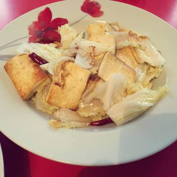白菜豆腐鲜蘑炒肉