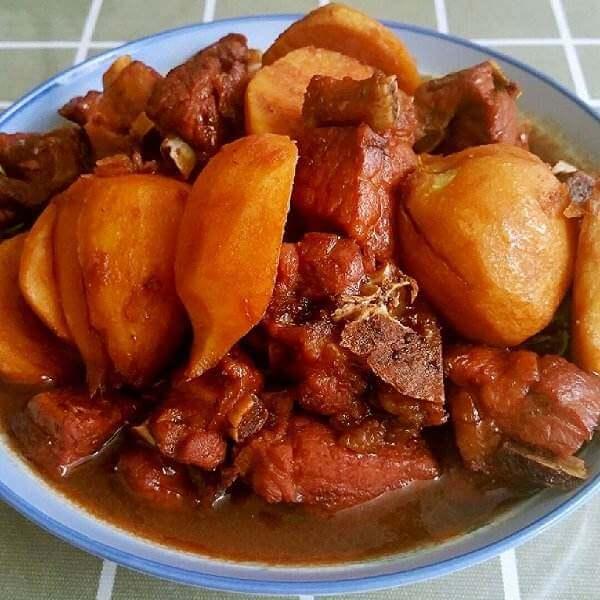 砂锅茨茹焖肉