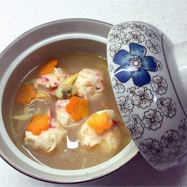 香辣芋头炸豆皮浓汤