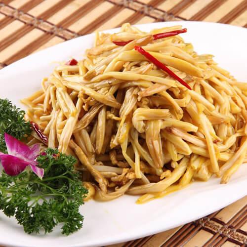 美味的黄花菜炒肉