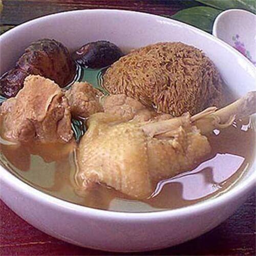 简单版猴头菇炖鸡的做法