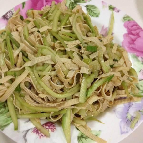 易做的黄瓜豆腐皮