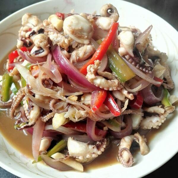 咸菜炒章鱼