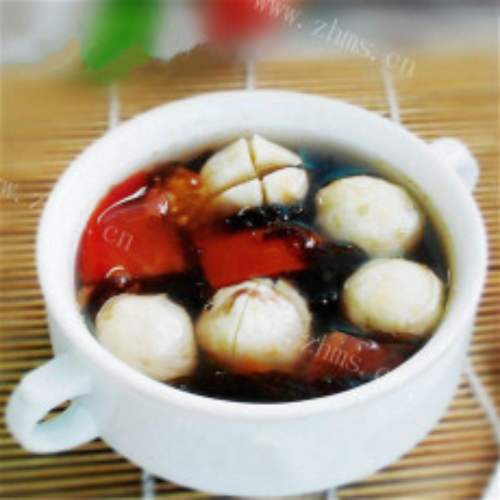 西红柿鲅鱼丸汤