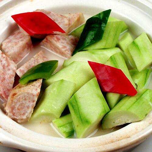 咸肉油菜蕻煮香芋