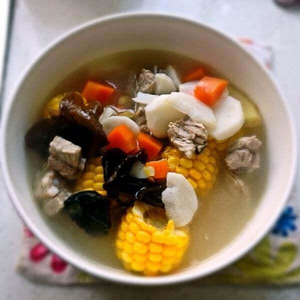 鲜冬菇炖腱子肉