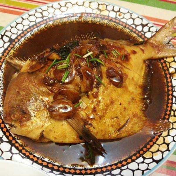 健康美食之潮式半煎煮黑鲳鱼