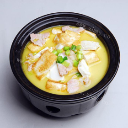 鸡肉口蘑豆腐