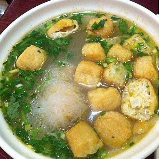味道不错的蘑菇豆腐粉丝汤