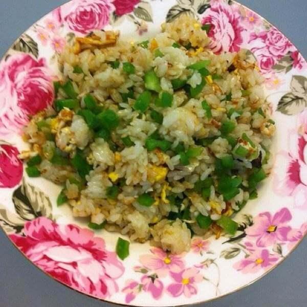 黄豆青椒炒饭