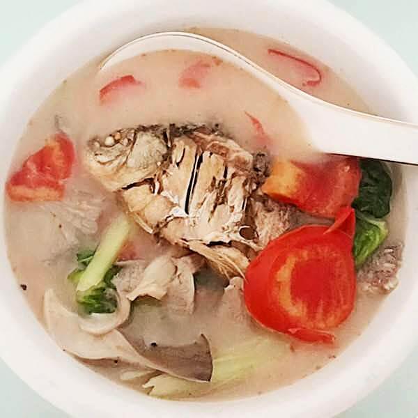 家常雪蛤红枣鲷鱼汤