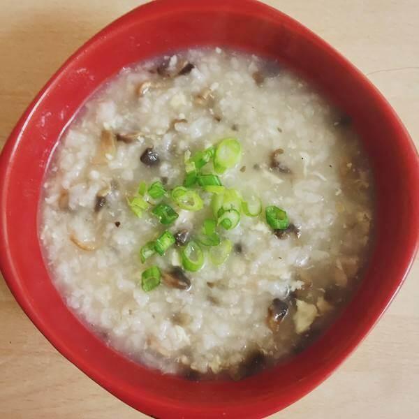 香菇生菜肉片粥